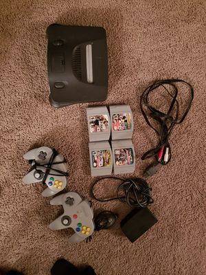 Nintendo 64 with 4 games and 2 remotes for Sale in Washington, DC