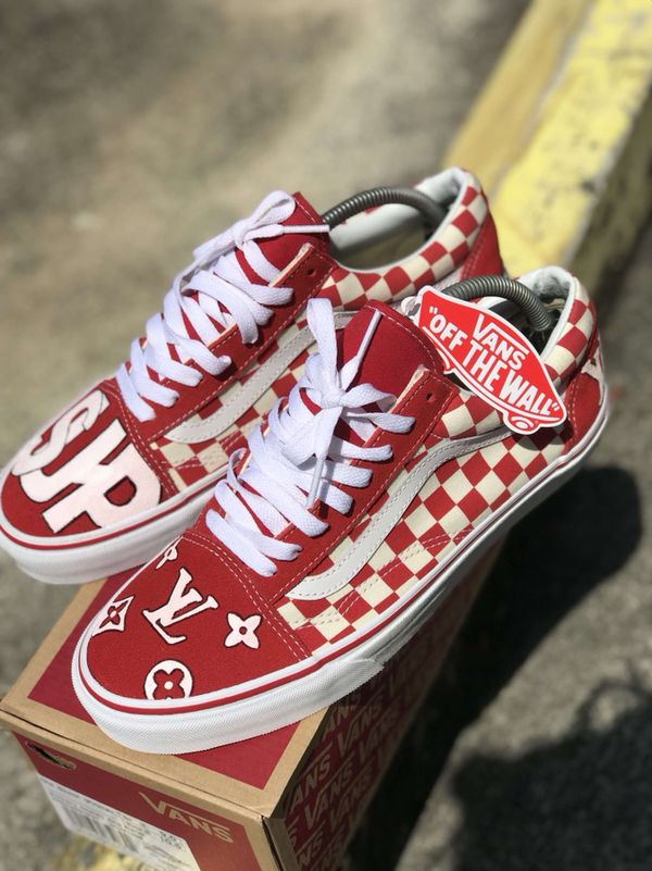 CUSTOM VANS SIZE 9 Louis Vuitton X Supreme NEVER WORN WITH BOX For Sale In West Palm Beach FL