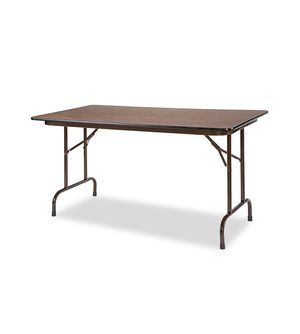 8 ft folding table for Sale in Lynchburg, VA