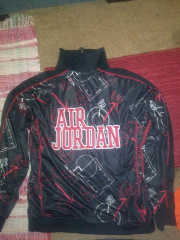 f73e93de925b Vintage Air jordan jacket for Sale in Summerville