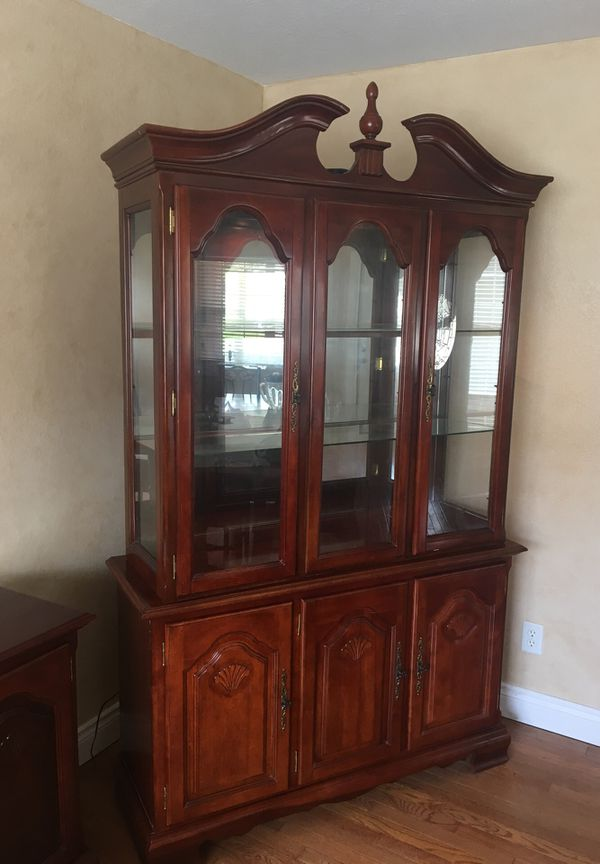 China cabinet with buffet for Sale in Springfield, MO ...