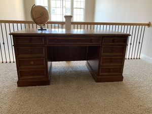 Pleasing New And Used Office Furniture For Sale In Raleigh Nc Offerup Download Free Architecture Designs Remcamadebymaigaardcom