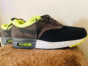 90443f641e751 NIKE AIR MAX 1 SUEDE SPECKLED for Sale in Beverly Hills