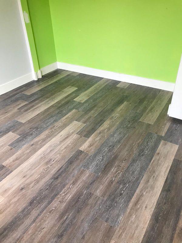 Vinyl Laminate Flooring Waterproof Stairs Baseboard Mdf Pine For In Davie Fl Offerup
