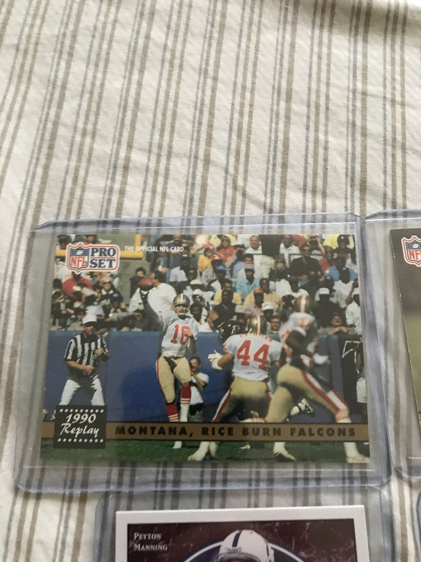 Lot of 4 NFL Star player cards