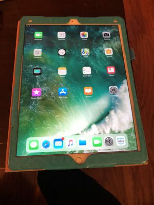 iPad Pro 12 inch for Sale in Temple Hills, MD