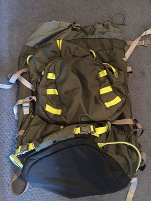 REI BACKPACK 45L for Sale in Los Angeles, CA