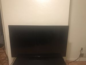 60 inch for Sale in Pittsburgh, PA