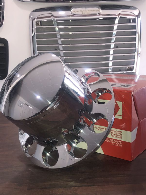 Round Rear Wheel Cover With Threaded Nut Covers For Rim 20/{link removed} 5  In ABS Chrome for Sale in San Leandro, CA - OfferUp
