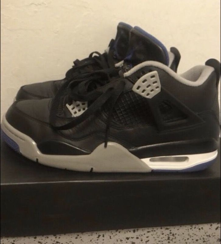 $150 Black & Blue 4s