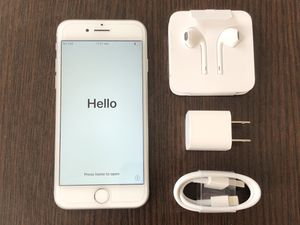 Apple iPhone 8 64GB FACTORY UNLOCKED EXCELLENT CONDITION LIKE NEW for Sale in Ashburn, VA