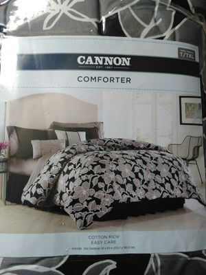 Comforter size T and TXL for Sale in Rolla, MO