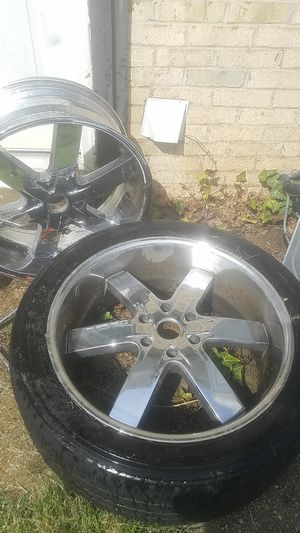 "5 22"" chrome U2 rims for Sale in Fort Washington, MD"