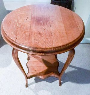 Antique Oak Round Side Table for Sale in Chantilly, VA