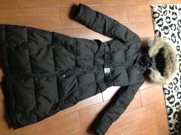 71ea4444a Laundry by Shelli Segal Faux-Fur-Trim Hooded Quilted Panel Puffer Coat for  Sale in Phoenix, AZ - OfferUp