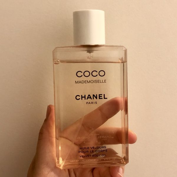 Chanel Coco madenmosielle velvet body oil spray for Sale in Los ... e743ad0749b4