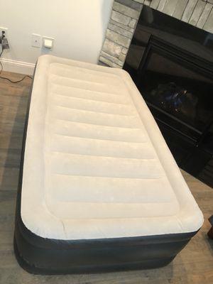 Photo Twin blow up mattress