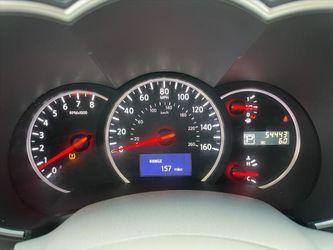 2011 Nissan Quest Thumbnail