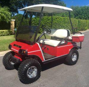 Red clean fast golf cart club car for Sale in Tampa, FL
