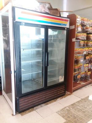 Commercial fridge for Sale in College Park, MD
