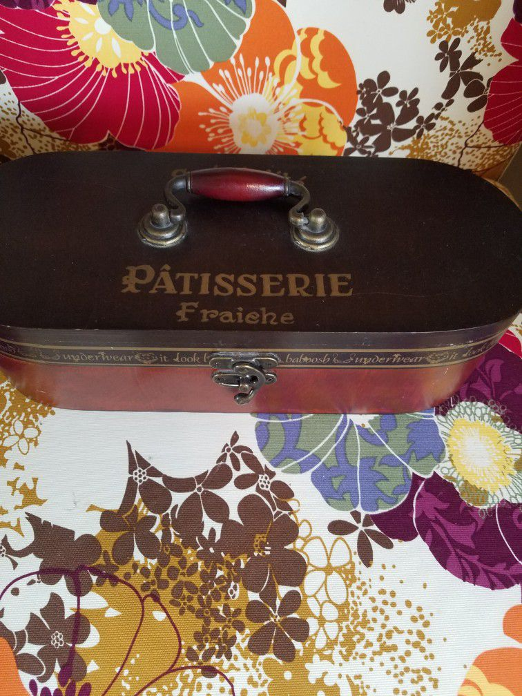 Beautiful French Wooden Storage Box ONLY $8!!!!