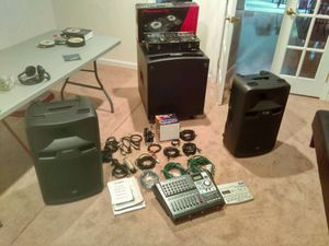 DJ EQUIPMENT for Sale in East Riverdale, MD