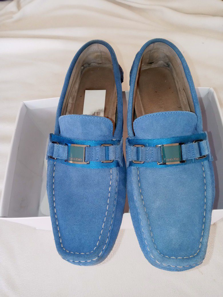 MEN'S SIZE: (9)   **CALVIN KLEIN: BRUSHED SUEDE DRIVER LOAFER**   (•8/10 CONDITION •ODOR/STAIN FREE)   $$30
