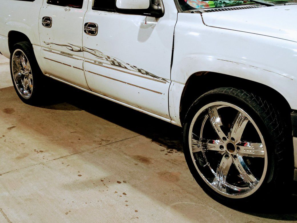 24 In Rim For Sale I Am Only Asking 700