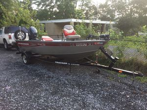 Tracker for sale great condition for Sale in Washington, DC