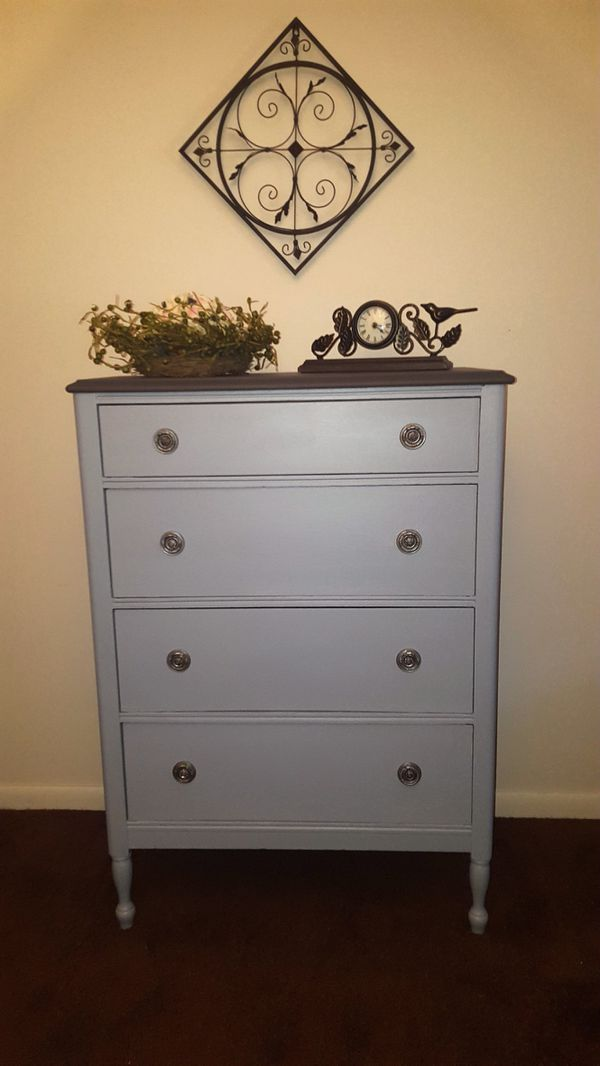 Grey Dresser For Sale In Uniontown OH