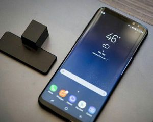 Samsung Galaxy S8 - Factory Unlocked - Comes w/ Box + Accessories & 1 Month Warranty for Sale in Dulles, VA