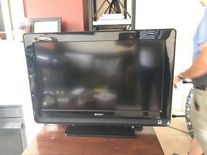 Sony LCD 32 inch Digital Color TV for Sale in Alexandria, VA