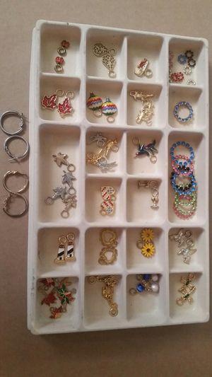 Earrings for Sale in Gainesville, VA