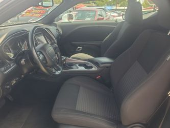 2019 Dodge Challenger SXT Thumbnail