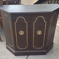 Cute Casual Stand Alone Cabinet Thumbnail