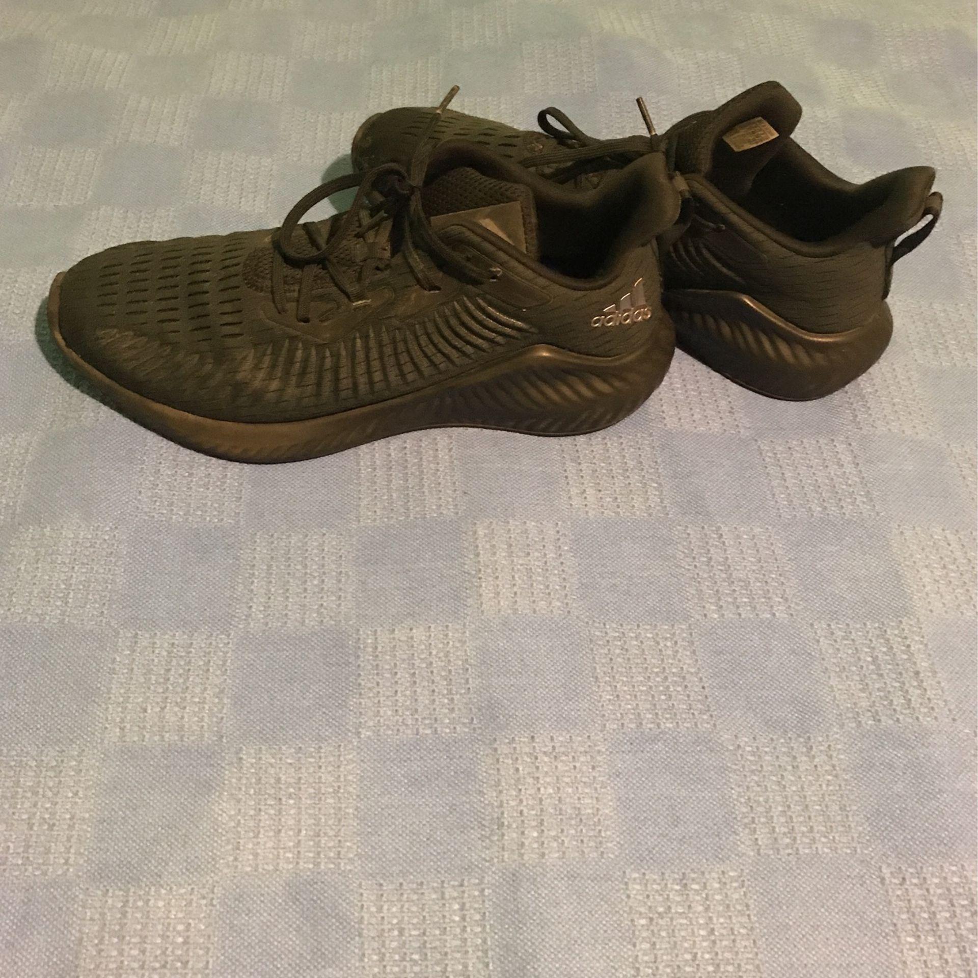 Adidas Alphabounce Size 13