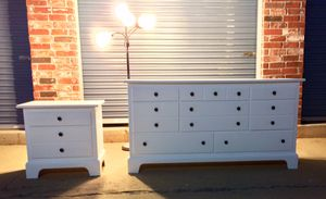 Dresser + night stand combo for Sale in Denver, CO