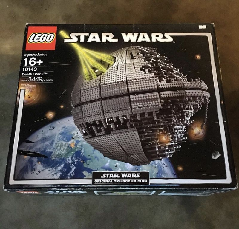 LEGO Star Wars Death Star II 10143 original trilogy