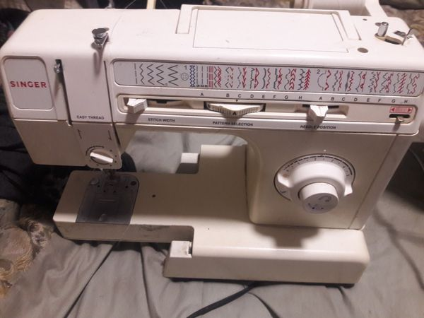 Singer Sewing Machine Arts Crafts In North Fort Myers FL OfferUp Enchanting Myers Sewing Machine