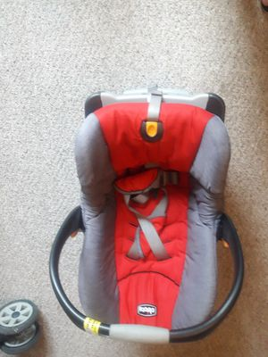 Photo Chicco infant car seat with base