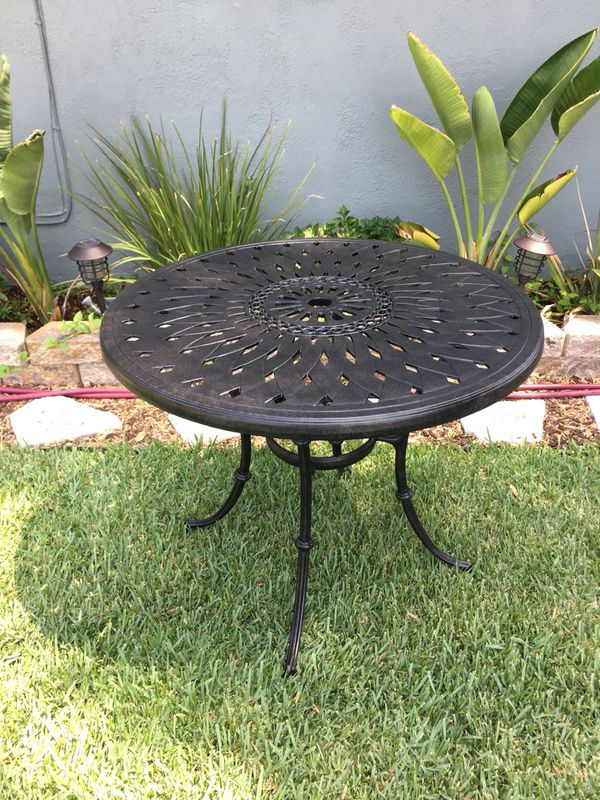 New Round Patio Table 36 Inch For Sale In Whittier Ca Offerup