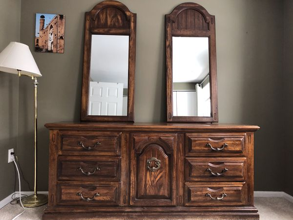 antique dresser with mirror for Sale in Sterling, VA - OfferUp