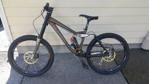54c779b89ce Kona Stinky Deluxe Downhill Mountain Bike for Sale in Bothell, WA ...