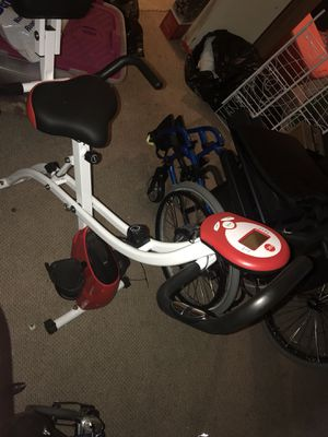 Farley new exercise bike for Sale in Oxon Hill, MD