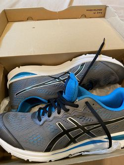 New Tennis shoes size 11 for men Thumbnail