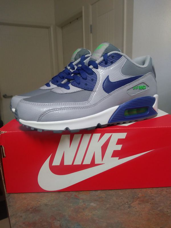 on sale 54c24 f0622 Nike Air Max 90 (GS) for Sale in Chula Vista, CA - OfferUp