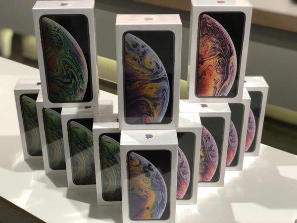 iPhone XS Max, XR & XS