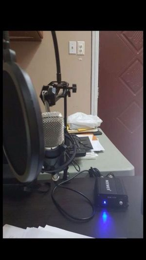 Condenser microphone and Studio recording setup for Sale in Cleveland, OH
