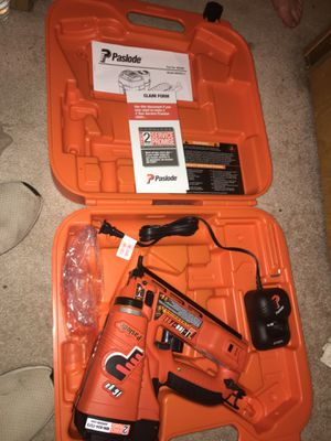 Photo Paslode cordless nail gun IM250A
