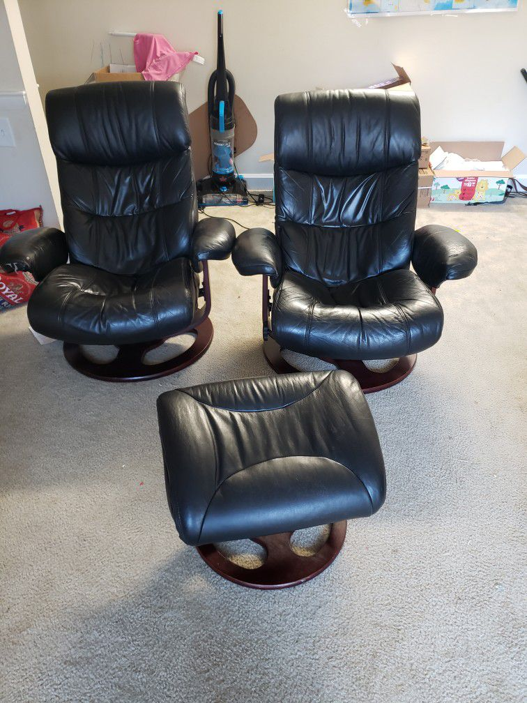 2 Recline Chairs, /office Chairs